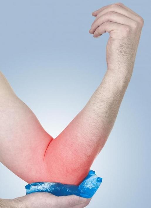 icing-injured-elbow